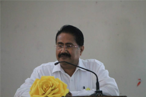 """Vice Chancellor Prof Saket Kushwaha on World Mental Health Day """"It is high time to search the root cause and develop security in ourselves through better relation with parents,"""" the VC said. click me"""