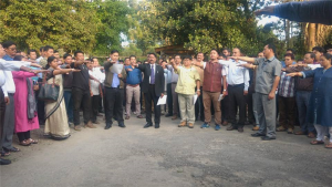 """University celebrates """"Vigilance Awareness Week"""" from 29th Oct-3rd Nov' 2018. Prof. Saket Kushwaha, Hon'ble Vice-Chancellor delivered """"Vigilance Week Lectures"""" and administered the Integrity pledge to employees (Both Teaching & Non-Teaching) of the University."""