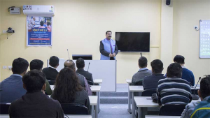 Hon'ble Vice Chancellor Prof. Saket Kushwaha interacting with students after the programme Pariksha pe Charcha 2.0